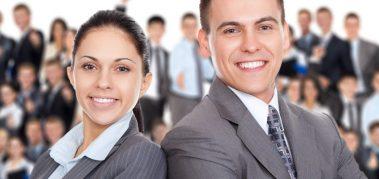 La estrategia de negocios debe estar basada en los recursos humanos